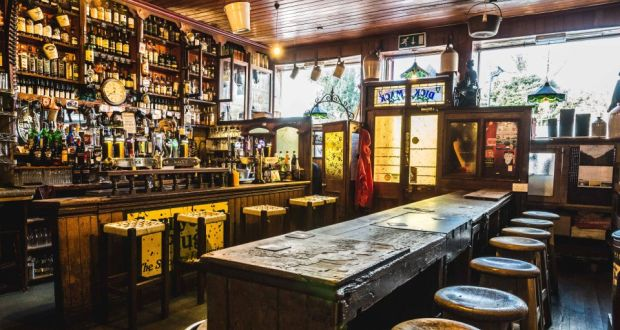 Our 10 Favorite Pubs In Dingle